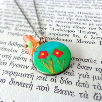 Green red art flower locket