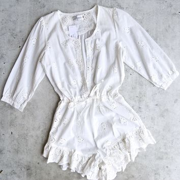 lioness - age of innocence eyelet romper - white
