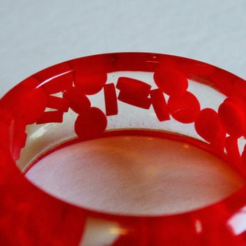 1960s Clear Lucite Bangle w/ Red Beads