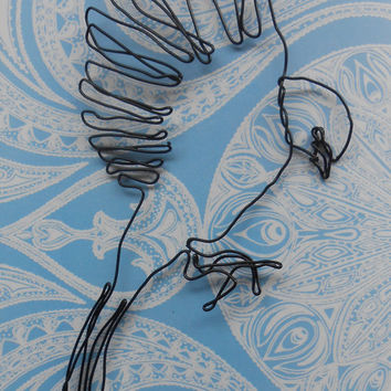 wire wall art - Landing bird art hanging -  wire sculpture