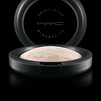 M·A·C Cosmetics | New Collections > Finish > Mineralize Skinfinish