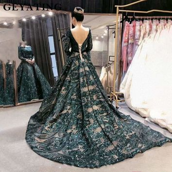 Emerald Green Sequined Long Sleeves Vintage Evening Formal Dress Gown