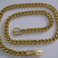 Vintage Gold Tone Metal Cuban Link Chain Simple Fashion Accessory Belt or Necklace Adjustable Buckle Medium Size M 30 Inches Long Very Chic