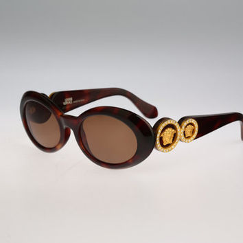 Gianni Versace Mod 527 C col 900 / Vintage sunglasses / NOS / 90s and all time being luxury!