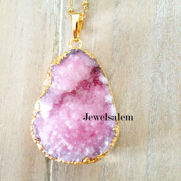 Drusy Necklace Geode Pink Crystal Quartz Agate Druzy Magenta Fuchsia Large Gemstone Gold Layered Long Pendant Natural Rustic Chunky Stone