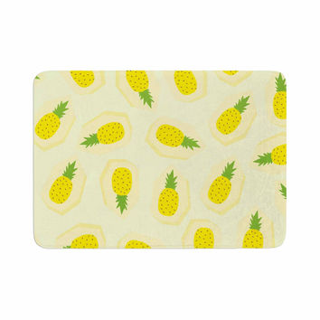 "Strawberringo ""Pineapple Pattern"" Yellow Fruit Memory Foam Bath Mat"