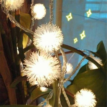 Battery 3M 20 LED Furry Snow Ball Edelweiss Led Christmas String Lights for Garden Home Decor Wedding party Garland Decorations
