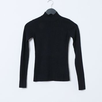 Just In Time Turtle-Neck Knit Top - Black