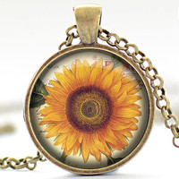 Sunflower Necklace, Sunflower Pendant, Sunflower Jewelry, Sunflower Charm (1289)