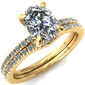 Ezili Oval Moissanite 4 Claw Prong Micro Pave Diamond Sides Engagement Ring