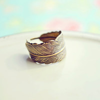 Bronze Feather Ring - Bronze Feather Jewelry, Bird Feather, Feather Ring, Bohemian - Flora and Fauna Collection