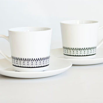 Mid Century Corning Centura Black and White Leaf Mugs Coffee Cups, Vintage Corningware Tea Cups with Saucers