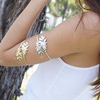Gold Leaf Arm Cuff, Leaf Arm Cuff, Adjustable Arm Band, Boho Arm Cuff, Bohemian Summer Arm Cuff, Arm Bracelet