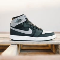 Air Jordan 1 KO High OG (Black/Shadow Grey-White)