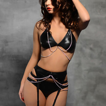 Black Leather Bras And Garter Set