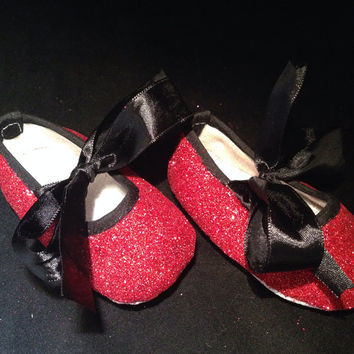 Red and black glitter baby girl shoes, baby shower gifts, ruby red baby shoes