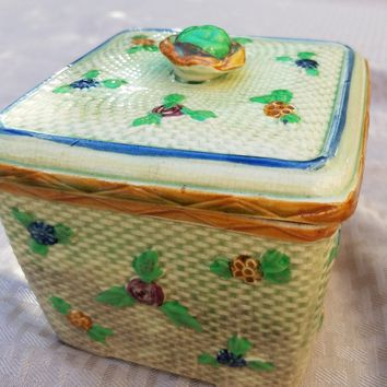 Majolica Pottery, Japanese Majolica Ceramic Basketweave Floral Trinket Box