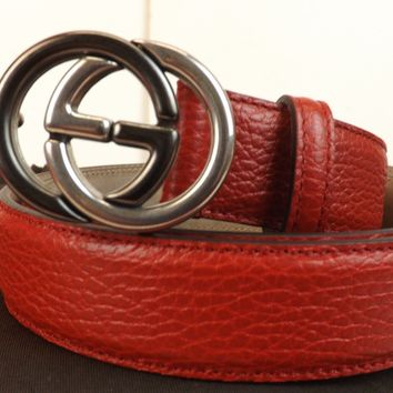 NWT GUCCI RED TEXTURED LEATHER INTERLOCKING 2 TONE GG BUCKLE 295704 BELT 105 42