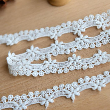 Milk white lace soluble embroidery fabric bedding accessories DIY accessories 1.5cm wide