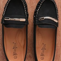 Natures Breeze Fancy Footwork Faux Leather Chain Accent Slip On Loafers Mindie-21 - Black