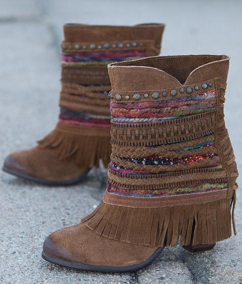 8d478dfafc5e8 Naughty Monkey Poncho Boot from Buckle