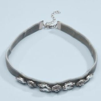 Buy Grey Velvet Jewelled Choker online today at Next: Deutschland