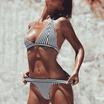 Bikini Set beach body 2017Black And White Hot s Women Sexy Swimsuit Brazilian Bralett bikinis bottom Bathing Suit Swim Wear Thong Bikini