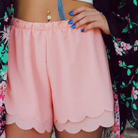 Wave Crashing Shorts - Peach