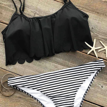 Cupshe I Want You Falbala Bikini Set