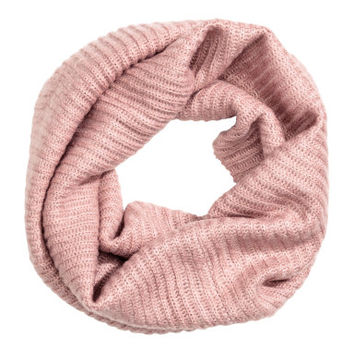 H&M Ribbed Tube Scarf $9.99