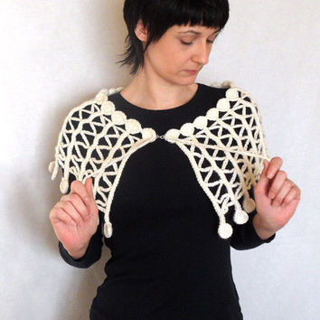 Open Crochet Capelet Lacy White Zig Zag Poncho Lace by Aimarro