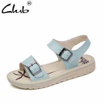 Club Leather Sandals Women Buckle Strap Open Toe Sandals 2018 Summer New Woman Casual Beach Shoes Sandalias Mujer Flat Sandals