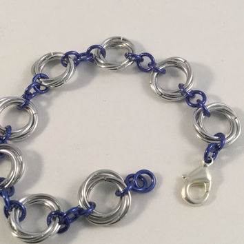 Chainmail bracelet, love knot bracelet, moebius chainmail bracelet, chainmail jewelry, blue bracelet, gift for her, under 20