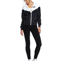 Nike Windrunner - Black / White