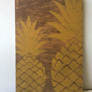 Pineapple Sign, Pineapple Wood Sign, Pineapple Decor, Tropical Signs, Hollywood Regency, Dorm Decor, Dorm Wall Art, Reclaimed Wood Signs