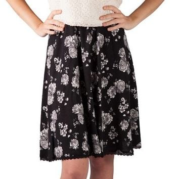 Lyon Brand - Girls & Women's Black & White Flower Print Casual Skirts. Classic Look Womans Skirt. PLUS Get a FREE 18k White Gold Plated Swarovski Crystal Necklace!