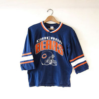 Vintage Chicago Bears shirt. Cropped football jersey shirt.