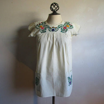 70s Mexican Crewel Embroidery Top Handmade Boho Chic Vintage 1970s Cotton Floral Summer Top SM-MD