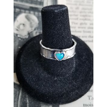 Australian blue flashy opal heart on sterling silver cigar band vintage ring size 8 USA