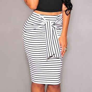 Fashion Women Skirt Black/White Striped Bow-Tie Zipper Knee-Length Pencil Skirts Sexy Slim OL Skirts S-4XL