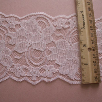 "6 YARDS White Lace Trim 4 "" wide"