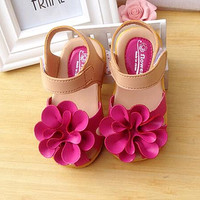 Spring & Summer 5Colors Kids shoes PU Leather Flower Children Girls Sandals Sneakers First Walkers Children's flat soft shoes Free shipping