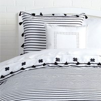 Signature Stripe Reversible Duvet Cover and Sham Set With Tassels - Twin XL