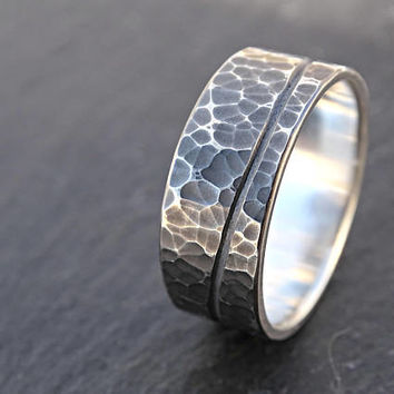Best Mens Hammered Wedding Ring Products on Wanelo