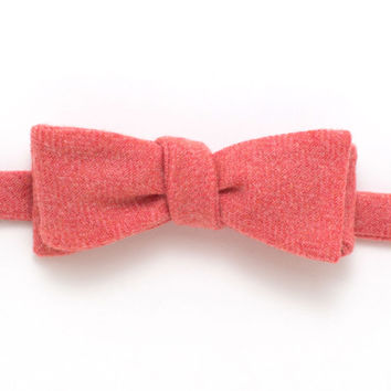 Salmon Heather Wool Classic Bow