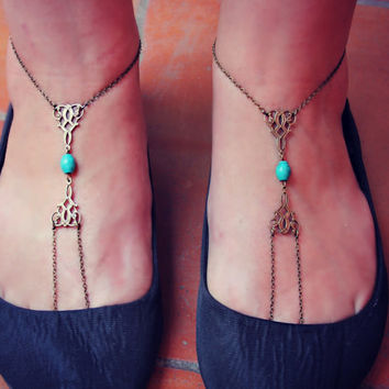 turquoise and filigree slave anklet set, barefoot sandals, body jewelry, toe ring, unique anklet,