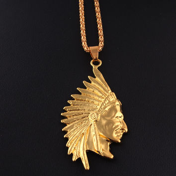 Pendant.  Jewelry Gold Tone Native American Indian Chief Head Portrait Pendant Charm