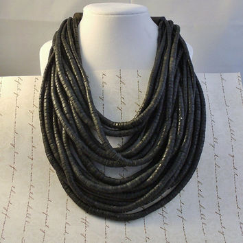Black 1980s GERDA LYNGGAARD for MONIES Coconut Shell Horn Necklace