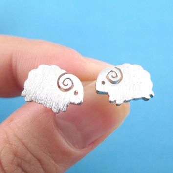 Little Mountain Goat Ram Sheep Shaped Stud Earrings in Silver