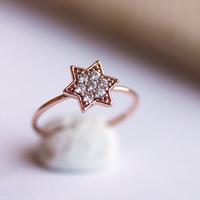 Delicate Star Ring- Rose Gold Star Ring, Everyday jewelry, CZ Ring,Zircon Star Ring,Stacking Ring,Gift for Her,Gift Under 30